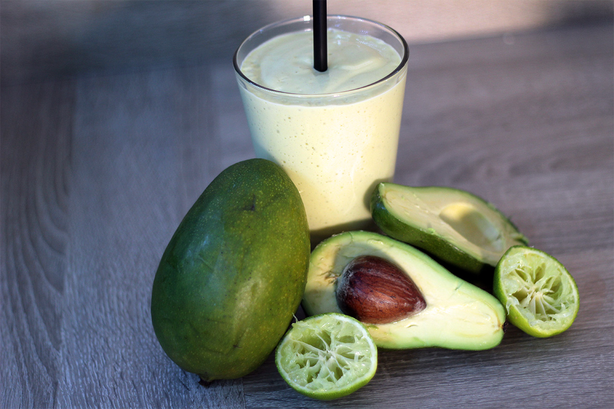 Avocado Mango Smoothie