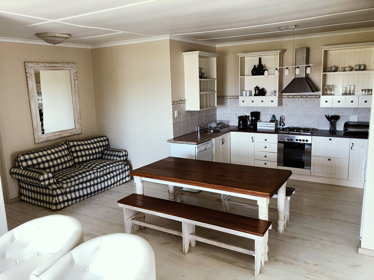 Jeffreys Bay Sea Whisper Guesthouse
