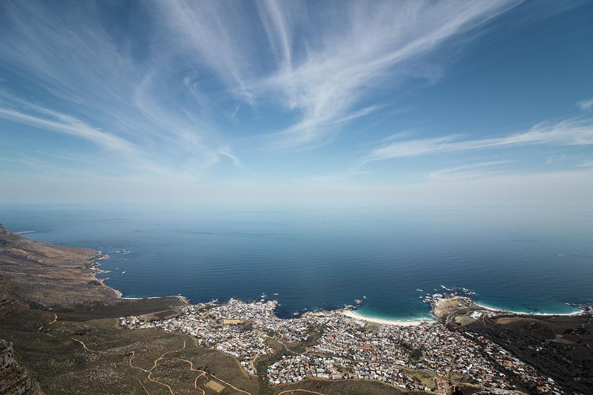 Tafelberg mit Blick auf Camps Bay