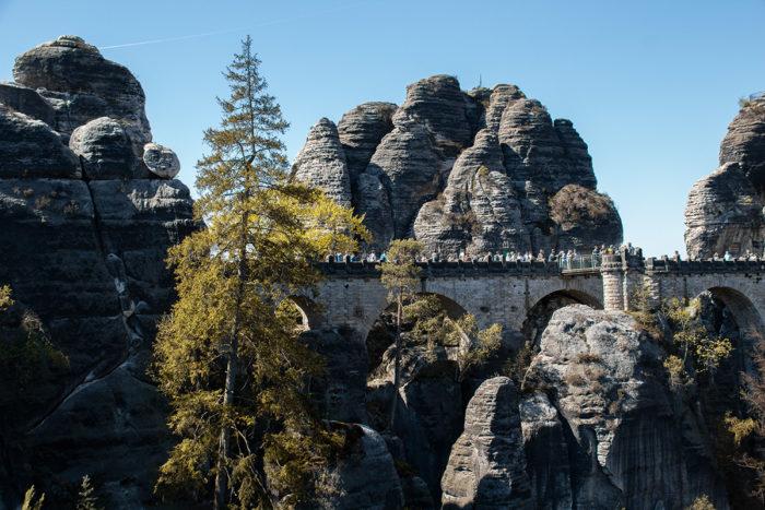 Die Bastei-Brücke im Elbsandsteingebirge